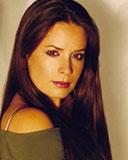 Фотографии актеров из сериала Зачарованные Холи-Мэри Комбс. в роли Пайпер Х